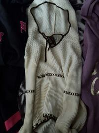 white and brown pullover hoodie Braintree, 02184