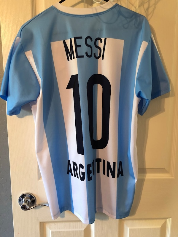 purchase cheap f3ce0 f4ea5 *NEW* Messi Argentina Kit (M) £30