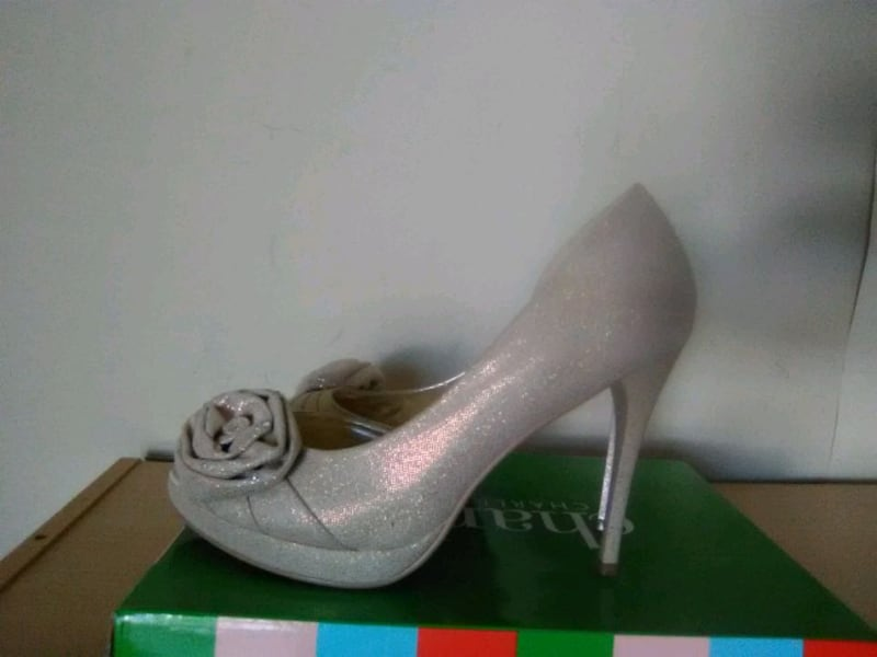 Shoes for prom party d3051a54-c154-4e40-a326-917fc3025a72
