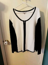 White & black scoop-neck sweater