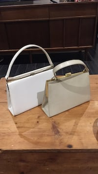 women's two white handbags Mississauga, L5W 0C7