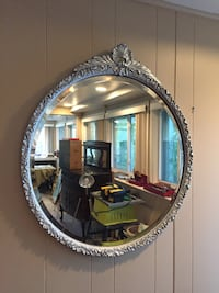 oval mirror with silver frame Oyster Bay Cove, 11771
