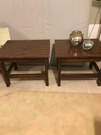 2 Side Tables Yardley, 19067
