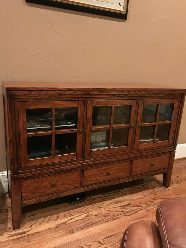 Star Furniture's Entertainment Solid Wood Cabinet