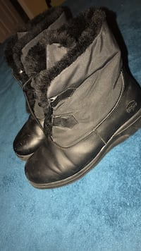 Totes Boots sz 7.5 Concord, 28025