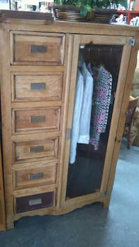 Cabinet closet 6 drawers Pharr, 78577