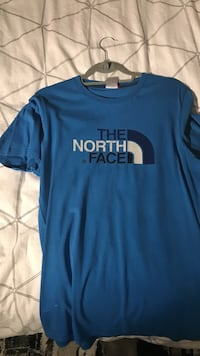 blue The North Face crew-neck t-shirt London, N2