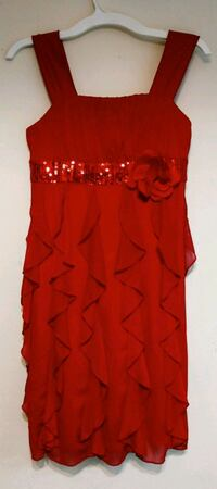 Fancy Christmas party girls red dress Coquitlam, V3B 7M7