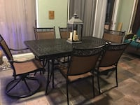 Hampton Bay patio table and chairs Melbourne, 32940