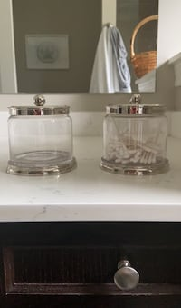 Multipurpose glass containers with lids x 2 Newmarket, L3Y 8B5