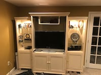 Wall unit with TV Severna Park, 21146