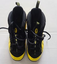 Nike Little Posite One Yellow & Black Size 3y