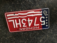 Michigan- vintage license plate- think 4th of July decor!