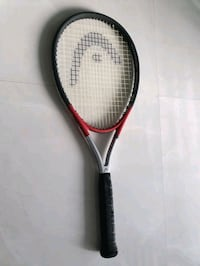 HEAD Tennis racquet Ti.S2 w/protective carrier case. Grip size: 4 1/2