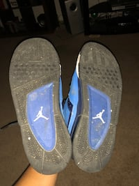 pair of blue-and-black sneakers Alexandria, 22304
