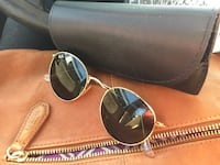 brown framed Ray-Ban sunglasses