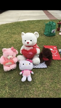 V-day bears and Hello Kitty Whittier, 90603