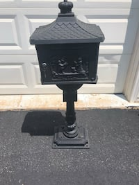 Metal mailbox excellent condition never used great for decor Leesburg, 20176