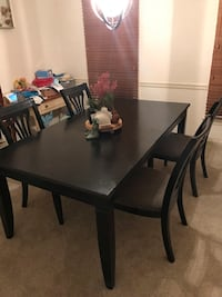 Dining room Table with 4 chairs  Virginia Beach, 23456