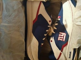 brand new NY giants sneakers from reebok. size 14