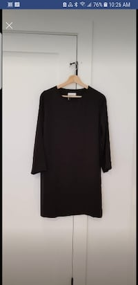 New with tags! Oak and Fort size small black dress! 3750 km