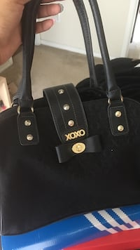 black Xoxo shoulder bag