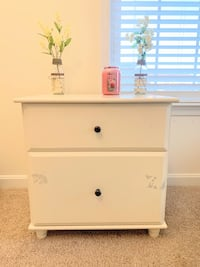 Bed side table / night stand with drawers