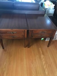 "Deilcraft Vintage Side Tables (Set of 2) - Solid Wood Made in Canada  Excellent condition, smoke and pet free home. Well maintained and taken care of.  Measurements: 21.5"" X 26.5"" X 21"" inches high.  VIEW MY OTHER ADS!!! Toronto"