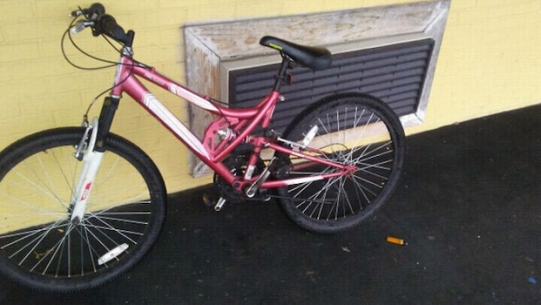 0c7279e0a2d Used pink and black Huffy bike for sale in Baytown - letgo