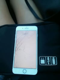 Iphone 7plus cracked screen Edmonton, T6E 1Y9