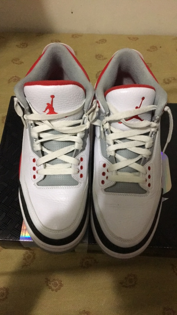dda120886a85 Used Pair of white air jordan basketball shoes for sale in New York - letgo