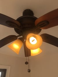 Ceiling fan 90%NEW working perfectly.  In Bronx Underhill Ave  New York, 11355
