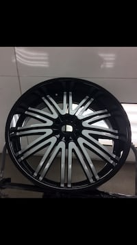 26 inch wheels black and white with new tires  Liverpool, 13090