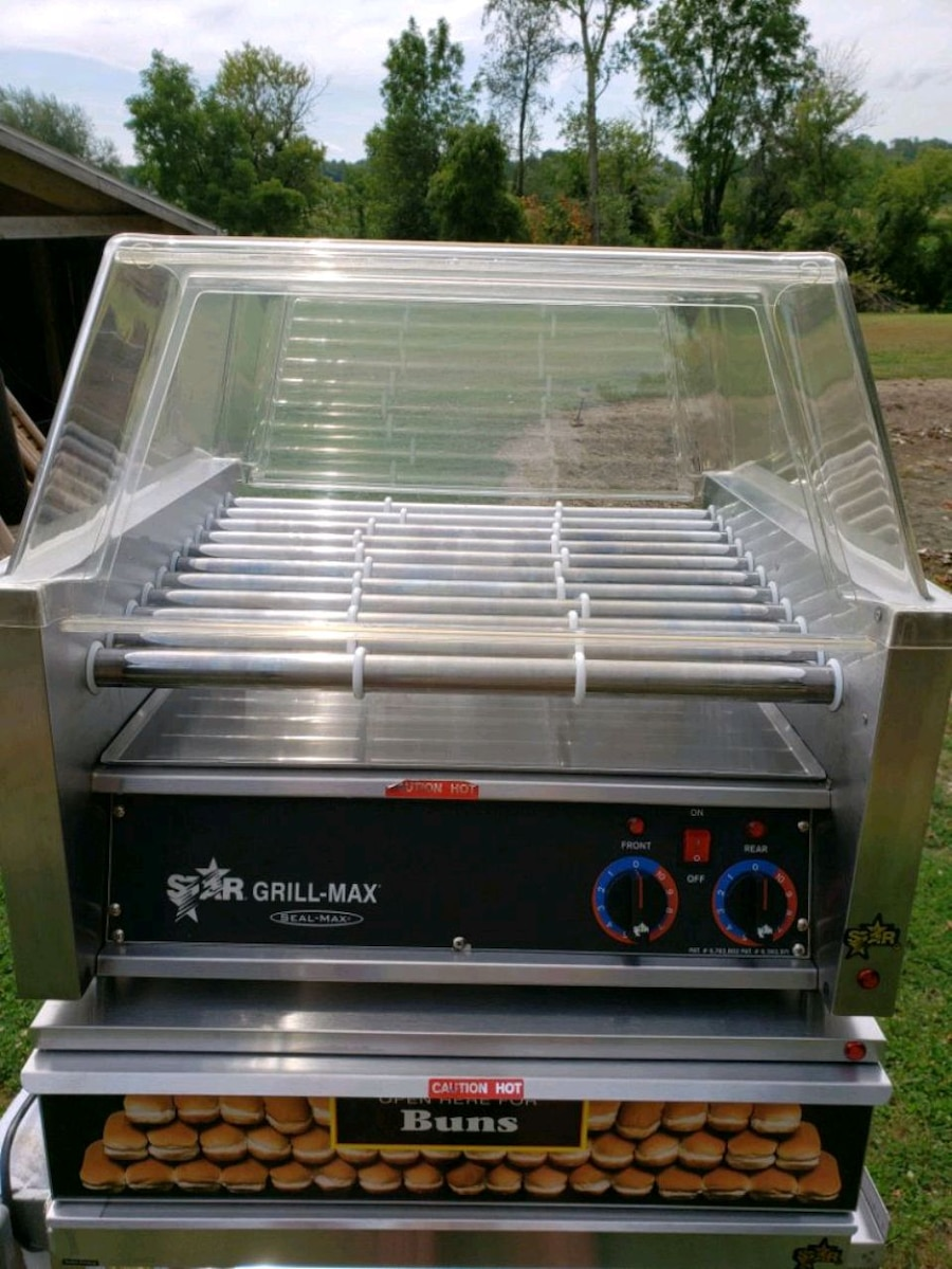Photo Star Grill Max hotdog warmer, like new .Looks and works like new.