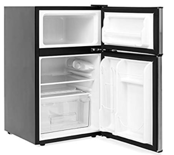 Mini Refrigerator with Freezer AND Microwave...NEW CONDITION!!!