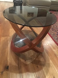 Oval glass top and bottom coffee table