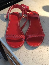 Women's red sandals Coquitlam, V3J 3P8