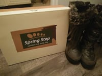 Black Spring Step snow boots for sale Vancouver