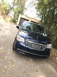 2016 Chrysler Town & Country Philadelphia