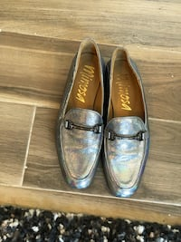 Silver mimosa leather loafers Côte-Saint-Luc, H4V 1J2