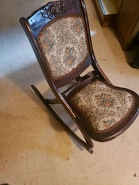 Antique folding rocking chair  Edmonton, T5G 2H7
