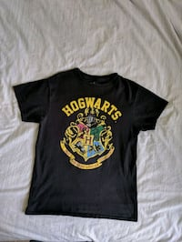 Harry Potter Hogwarts medium t-shirt Ajax, L1Z 0K6