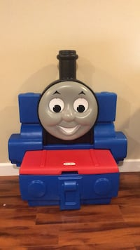 Thomas and friends plastic toys box Sterling, 20164