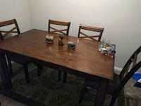 dining table must go.. really can't fit in my apar Oklahoma City