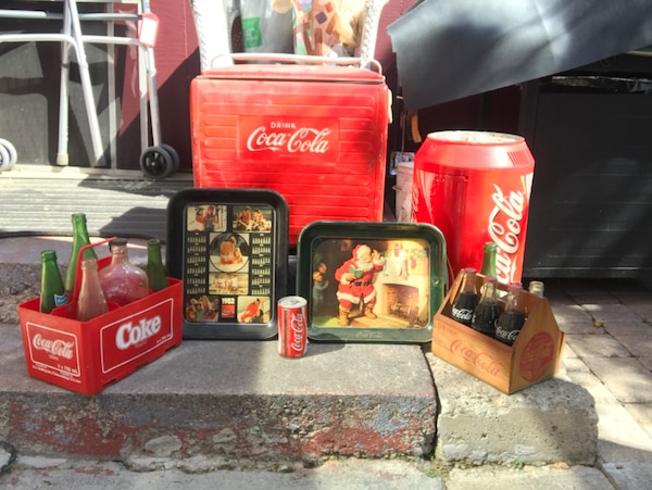 Antique Coca Cola set c223ba68-dc0a-4d25-b129-9bf1f5384b99