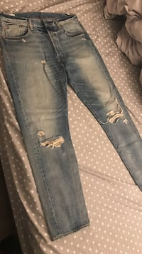 Levi's vintage ripped jeans