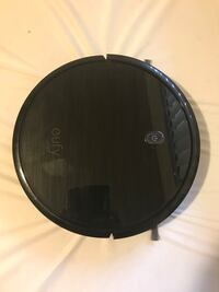 eufy BoostIQ RoboVac 11S (Slim)-barely used