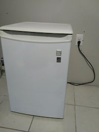 white mini Kenmore refrigerator Energy Star Toronto