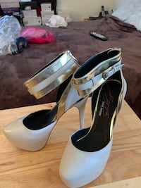 Pair of white leather peep toe platform stilettos Woodbridge, 22191