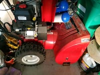 "snow blower 27"" Craftsman Gas excellent condition Brampton, L6X 4S5"